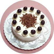 洋菓子教室フランボワーズ「コンチネンタルケーキコース」でフォレ・ヌワールを教えています。